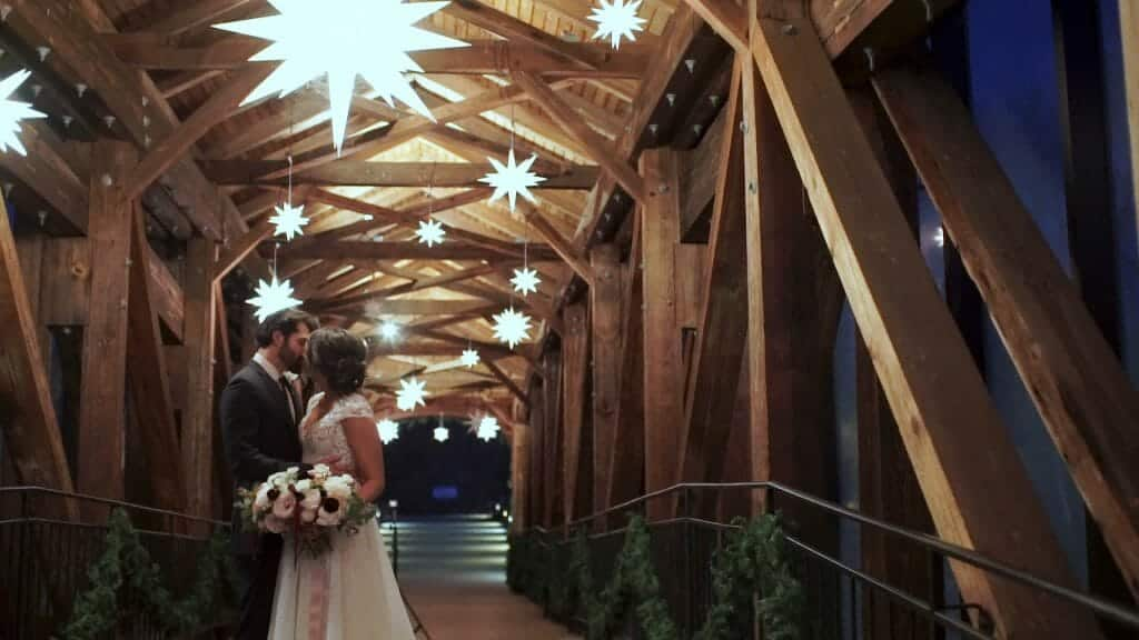 Moravian Stars Bride Groom